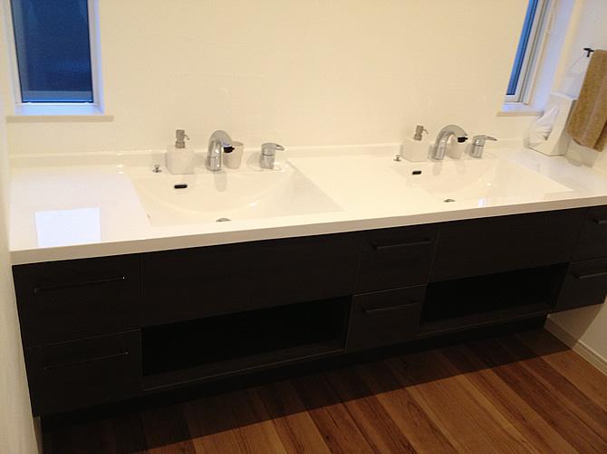 洗面カウンター2ボールタイプ施工例写真