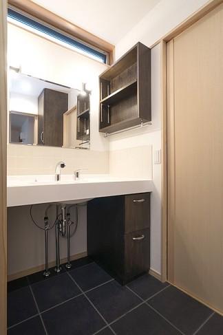洗面カウンターの施工例写真